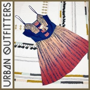 NWT! [ Urban Outfitters Ecoté ] Ombre Empire Dress